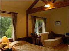 小さなホテル四季の森山荘 width=